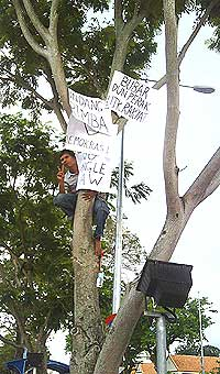 perakprotest2