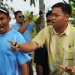 UMNO samseng in action (including a minister)